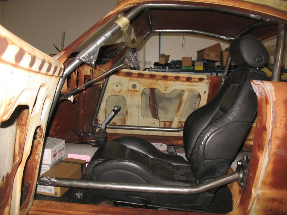 Roll Cage (driver's side)