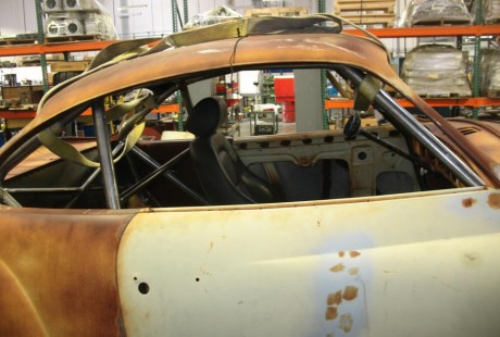 Karmann Ghia Roll Cage (bar view 1)